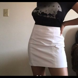 Theory mini skirt size 6